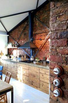 kuchnia biała czarna cegła drewno - Szukaj w Google