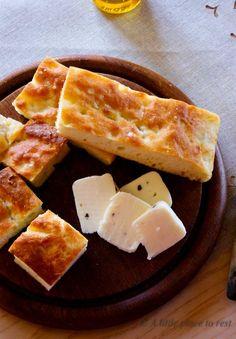 focaccia salata allo yogurt greco - Greek Yogurt Focaccia