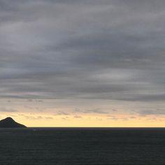 Um fim de tarde sem filtros #olioliteam #mar #silencio #natureza #lifeisgood @olioli_lifestyle