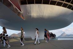 Louis Vuitton Cruise 2017