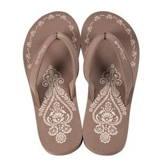 Fit for a Taj princess, these regally comfortable sandals will be heaven for your tootsies. ahhh sounds nice...
