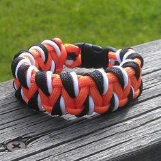 Paracord Bracelet Patterns | Tiger pattern Laced Solomon bar #paracord #bracelet | Craft