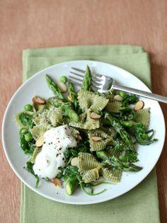 asparagus & ricotta pasta