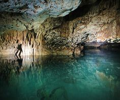 Bonaire - the island has more than 400 caves to be explored