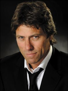 John Bishop so funny love the roller coaster tour! Lee Evans, Famous Comedians, John Bishop, Funny Love, Funny Man, Comedy Festival, Comedy Tv, People Laughing, Celebs