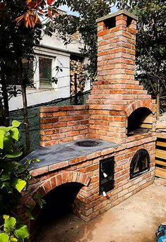 Out of doors Kitchen is the easiest way to complete your backyard to entertain and feed your family and friends. Below you will discover on outside kitchen ideas in addition to some tips that can make your patio stylish and enticing, take pleasure Backyard Kitchen, Summer Kitchen, Outdoor Kitchen Design, Backyard Patio, Backyard Landscaping, Parrilla Exterior, Brick Bbq, Pizza Oven Outdoor, Built In Grill