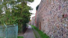 Stadtmauer mit Mauerweg