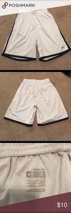 Nike Fit Dry Basketball Shorts Men's Nike Fit Dry white basketball shorts. In excellent condition. Nike Shorts Athletic