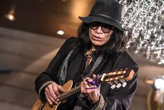 Rodriguez: 10 Things You Don't Know About the 'Searching for Sugar Man' Star  He didn't watch the Oscars, he's making millions on the road and more    Read more: http://www.rollingstone.com/music/news/rodriguez-10-things-you-dont-know-about-the-searching-for-sugar-man-star-20130328#ixzz3EELKUmFV