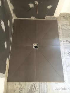 The Beauty of a European Shower! What are benefits and advantages of installing a European shower base? Bathroom Design Luxury, Bathroom Design Small, Bathroom Layout, Modern Bathroom, Bathroom Tile Installation, Plumbing Installation, Shower Base Installation, Bathroom Plans, Bathroom Renovations