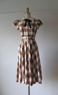 vintage 1930s cotton day dress / Maple Brown Sugar