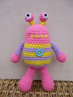 Bug Eyed Monsters Amigurumi Crochet Pattern by mojimojidesign, $4.20 Cute!