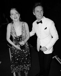 Eddie Redmayne presented the Best Actress award to Emma Stone for La La Land       (x)               my screenshots              my s...