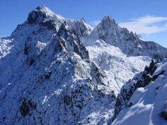 Pico Bolivar: El Pico Bolívar es el accidente geográfico más alto de Venezuela. Parque nacional  Sierra Nevada en la Cordillera de los Andes.