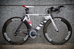 The next time you see a P3 on the road, you might want to take closer look as it's probably the only 2014 P3 running around in Singapore... Or the rest of Asia for now!    Mr. S' 2014 Cervelo P3  Shimano Dura Ace 10 Speed Groupset Magura RT6 Hydraulic Brakeset  ENVE Wheelset  Fizik Arione Tri Saddle