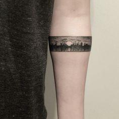 50 Beautiful Bracelet Tattoos For Men Armband Tattoo Mann, Armband Tattoos, Sleeve Tattoos, Mini Tattoos, Body Art Tattoos, Small Tattoos, Tattoos For Guys, Turtle Tattoos, Bracelet Tattoo For Man