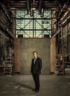 Interstellar Director Christopher Nolan Invites You to Explore the Universe in Multiple Dimensions | WIRED