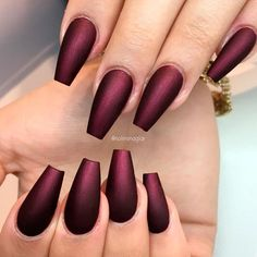 Burgundy Matte Nails Designs That Drop Your Jaw Off ★ See more: https://naildesignsjournal.com/burgundy-matte-nails-designs/ #nails