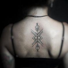 https://flic.kr/p/DLhAnG | Geometric tattoo by @hairy_hand #miamitattoos #miamibeachtattoos #wynwoodtattoo #ilovewynwood #geometrictattoo #line