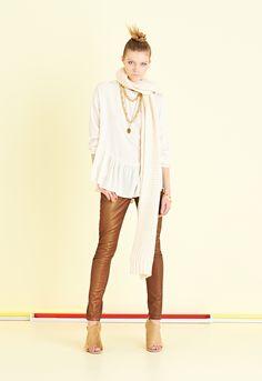 Camicia romantica con grande balza   #ottodAme #FW15