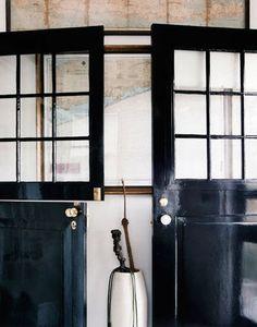 black glossy doors // Thomas O'Brien
