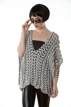 Knitting pattern for Mercury pullover by Heather Dixon -- like this look and the drape.