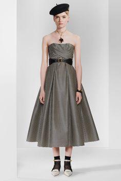 Christian Dior Pre-Fall 2020 Collection - Vogue
