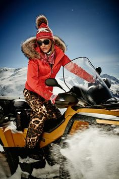 fig.: Ski trousers 'Tela' (made from an exclusive leopard print for Bogner from Ratti) in combination with down jacket 'Ninni-D', Bogner Sport 2013/14.