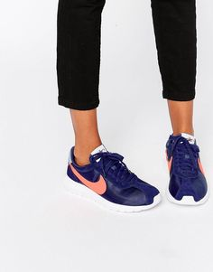 wholesale dealer e5ae0 da9e7 Zapatillas de deporte azules Roshe LD1000 de Nike. Roshe Run