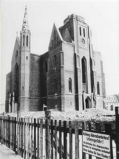Sowjetischer Sektor Berlin - Ruine der Petrikirche in Mitte 1965