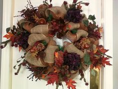 Fall wreath: burlap and hydrangers...made by Starr