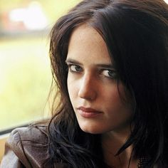 """I would love to play an unexpected character. Really raw and simple and not a cliche - something rugged. People like to put actors in boxes."" - Eva Green #evagreen #dreamers #pennydreadful  #camelot #missperegrine #darkshadows #300  Existem muitas formas de ver Cinema. Visite agora o blog Mundo de Cinema em http://ift.tt/1R7HDEj"