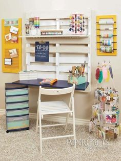 Turn a shipping pallet into a charming and space saving desk. 45 Organization Hacks To Transform Your Craft Room Pallet Desk, Pallet Storage, Pallet Furniture, Storage Ideas, Diy Pallet, Pallet Shelving, Pallet Benches, Pallet Cabinet, Pallet Couch