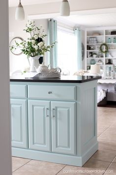 Kitchen island reworking with Beadboard Simple DIY tutorials and economical furniture and decor embe Kitchen Island Makeover, Diy Kitchen Island, New Kitchen, Kitchen Decor, Kitchen Ideas, Budget Bathroom Remodel, Kitchen Remodel, Fixer Upper, Painted China Cabinets