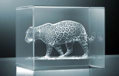 Figuras de cristal 3D. C.C EL RECREO QUITO ECUADOR CRISTALASER 3D