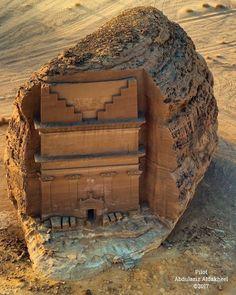 Qasr Farid Tomb at ancient Hegra / Madain Saleh (UNESCO World Heritage Site), Sa… - Educational Architecture Ancient Mysteries, Ancient Ruins, Ancient Artifacts, Ancient History, Ancient Egypt, Architecture Antique, Amazing Architecture, French Architecture, Garden Architecture