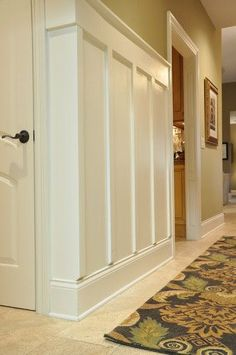 Board and Batten idea for hallway - another angle from www.evolutionofstyleblog.blogspot.com