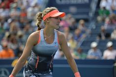 Tennis pro Eugenie Bouchard Sets Canadian Record at Wimbledon. Talk about inspiration for Canada! Quebec, Eugene Bouchard, Forme Fitness, Tennis Serve, Tennis Players Female, Tennis Clothes, Tennis Outfits, Tennis Stars, Soccer World