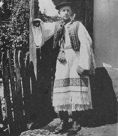 Podpoľanie, Slovakia Dolores Hart, Folk Clothing, Heart Of Europe, Folk Embroidery, Folk Art, Westerns, Traditional, History, Country