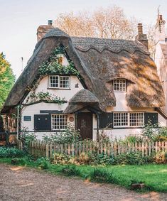 die 31 besten bilder auf cottages england cottages england rh pinterest com