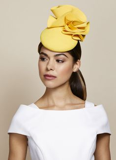 Spring Summer 2020 — Juliette Botterill Millinery - 2020 Fashions Woman's and Man's Trends 2020 Jewelry trends Yellow Fascinator, Floral Headpiece, Fascinator Hats, Fascinators, Ribbon Headbands, Floral Headbands, Turban, Race Day Hats, Occasion Hats