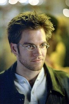 Michael Weatherly in Dark Angel (own the DVDs for the two seasons it filmed. I Miss this show, and was sad when it didn't continue.)