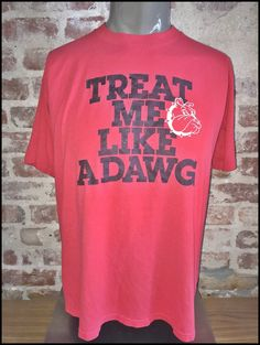 Vintage 80 s University of Georgia Bulldogs Treat Me Like A Dawg Shirt -  Size Large by f4d8af069