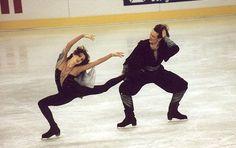 Marina Klimova et Serguei Ponomarenko Roller Skating, Ice Skating, Figure Skating, Gym Leotards, Ice Dance, Russian Art, My Passion, Gymnastics, Olympics