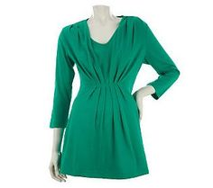Be super chic this season with this #Emerald 3/4 Sleeve Tunic w/Pleat Detail by Liz Claiborne New York.