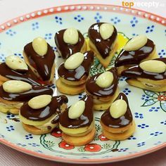 Christmas Candy, Christmas Baking, Christmas Cookies, Small Desserts, Czech Recipes, Recipe Box, Cooking Tips, Cookie Recipes, Sweet Tooth