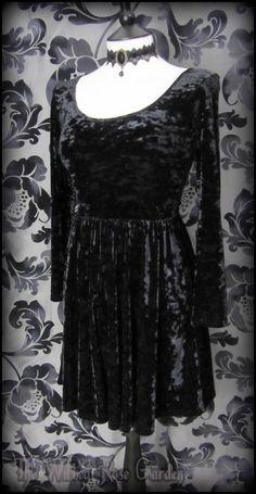 Gorgeous Goth Deep Black Crushed Velvet Skater Dress 16 Alternative 80's Grunge | THE WILTED ROSE GARDEN