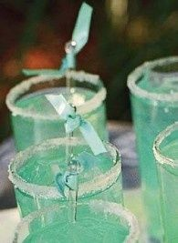 Tiffany Blue Drink: 1 oz peach snapps, frozen/fresh lemonade, splash of blue curaco, sugar rim, lemon wedges