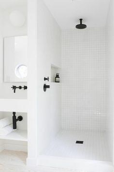 dusche renovieren moderne badezimmerarmatur in schwarz