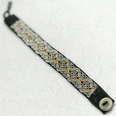 """""""Jess of Sweden bracelet no in the color of black reindeer leather, gold colored leather…"""" Diy Jewelry, Beaded Jewelry, Jewelry Design, Jewelry Making, Viking Embroidery, Viking Knit, Wire Weaving, Metal Crafts, Seed Beads"""